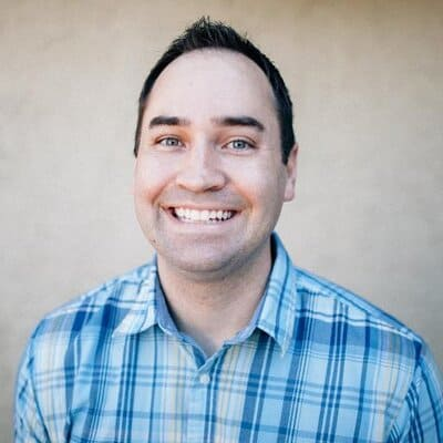 Podcast 141: How Deacon Hayes Built a Blog to Over a Million Visitors and $100,000 a Month